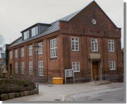 1928 til 1963 forblev Centralbiblioteket i den gamle gymnastiksal i Kompagnistræde